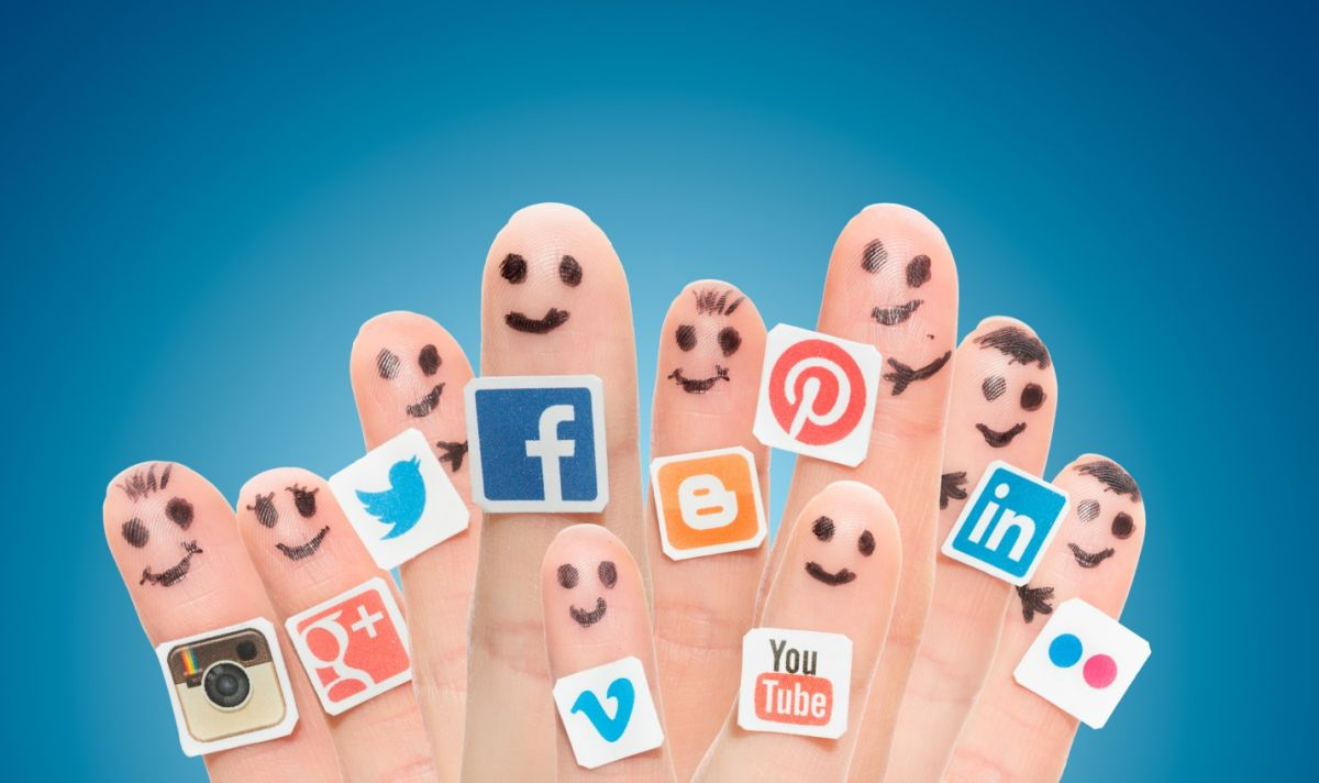 Social Media at your fingertips